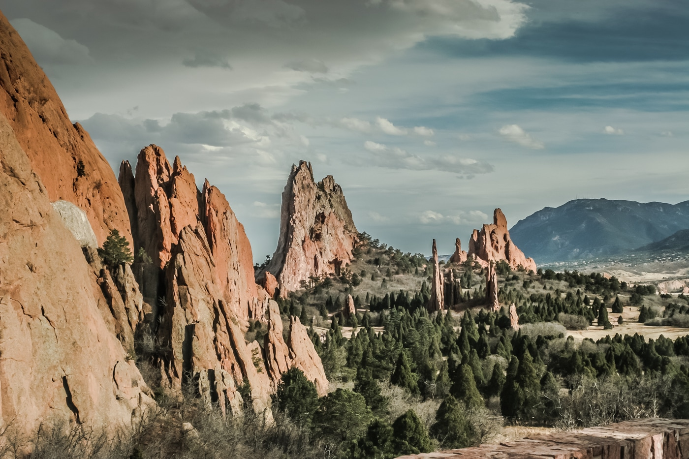 looking southward at garden of the gods the cathedral spires and three graces are at - Garden Of The Gods Map