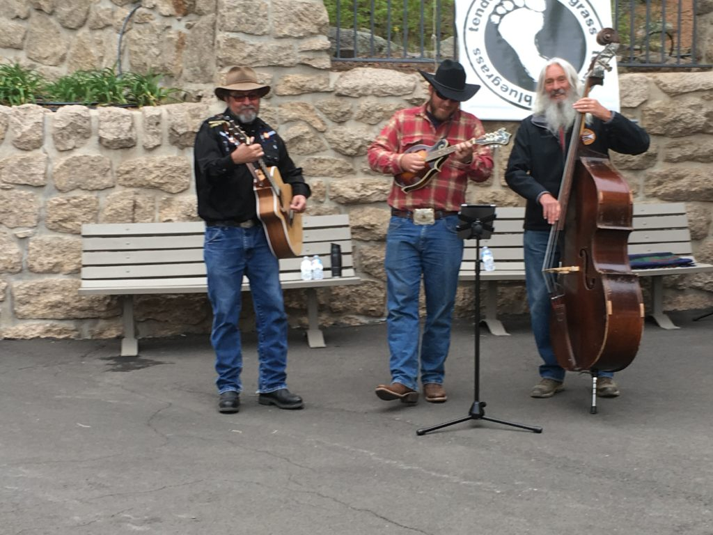 Cheyenne Mountain Zoo Tenderfoot Bluegrass
