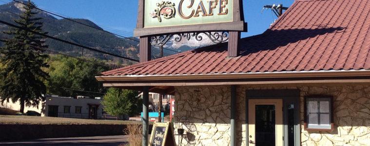 Adams Mountain Cafe local restaurant near Garden of the Gods