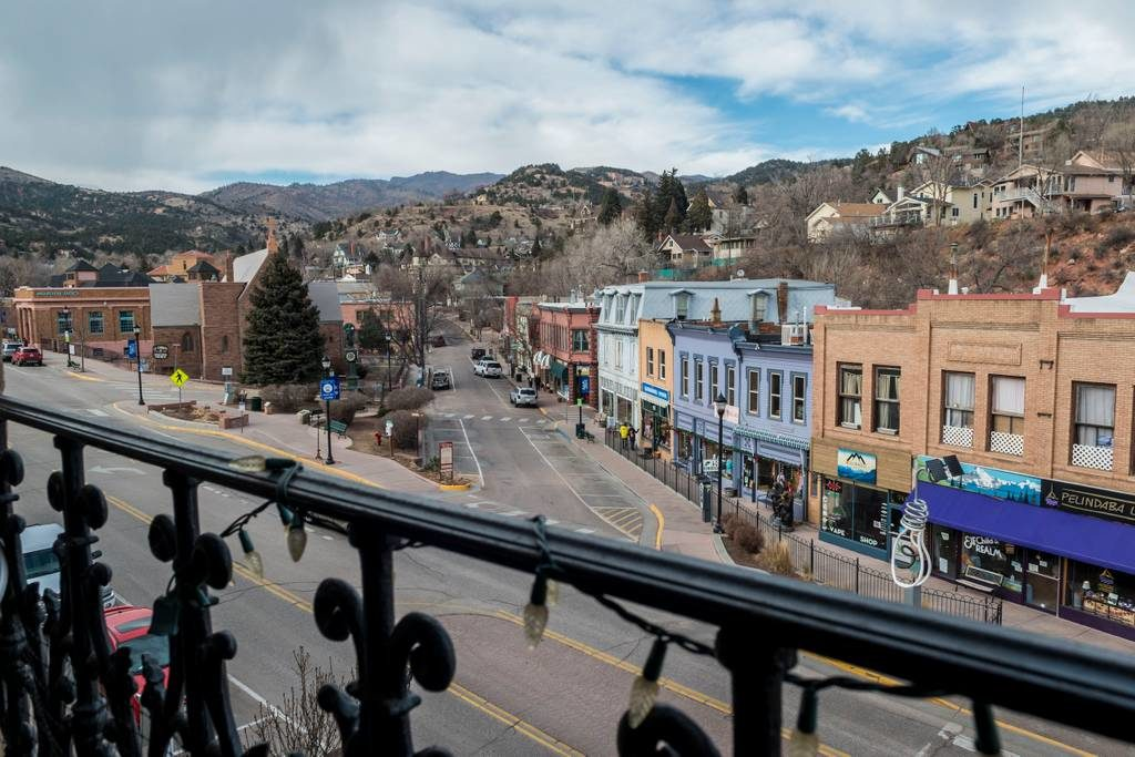 Airbnb Manitou Springs Downtown
