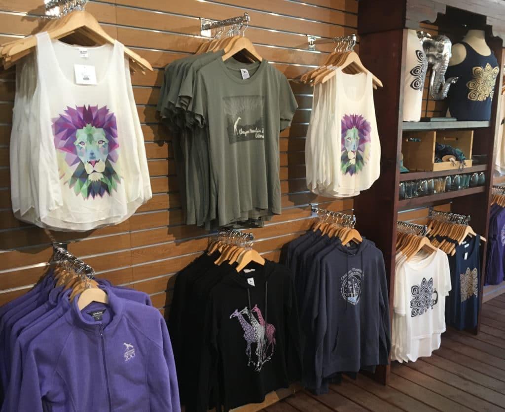 cheyenne mountain zoo gift shop apparel