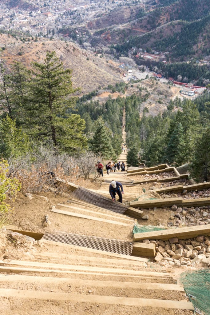 Climbing Manitou Incline Colorado Springs