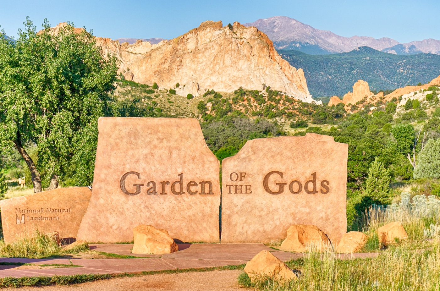 Garden Of The Gods Entrance