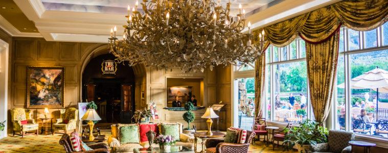 Hotels near Garden of the Gods Broadmoor chandelier